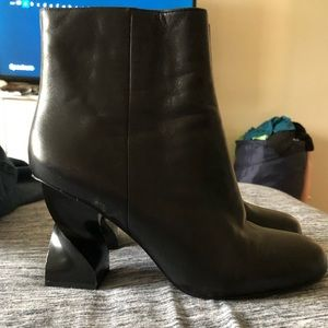 Opening Ceremony Vintage black Leather Booties 10